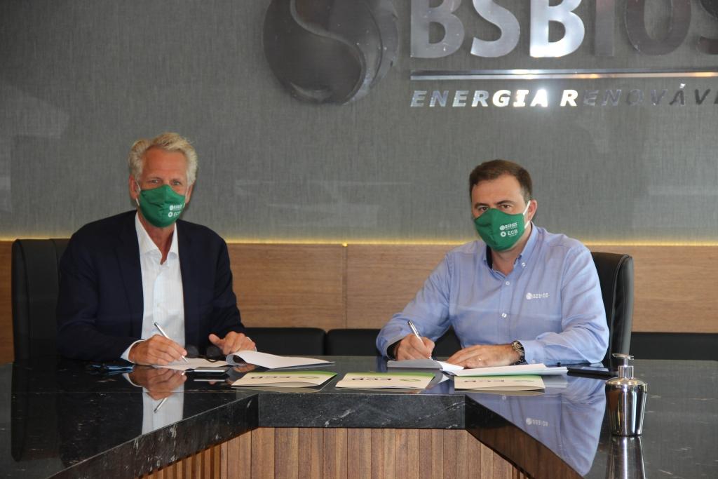 ECB Group assina contrato de compra de matéria-prima sustentável de Pongâmia com a Investancia para a biorrefinaria Omega Green